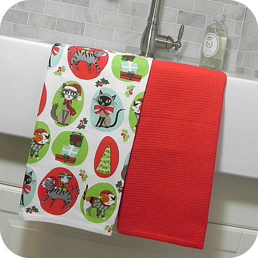 Christmas Kitty Kitchen Towel Set
