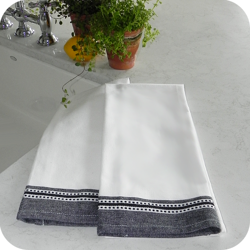 Wide Dobby Border Kitchen Towels